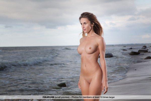 Femjoy Nude Swimwearfemjoy Rena XXXStreams 1
