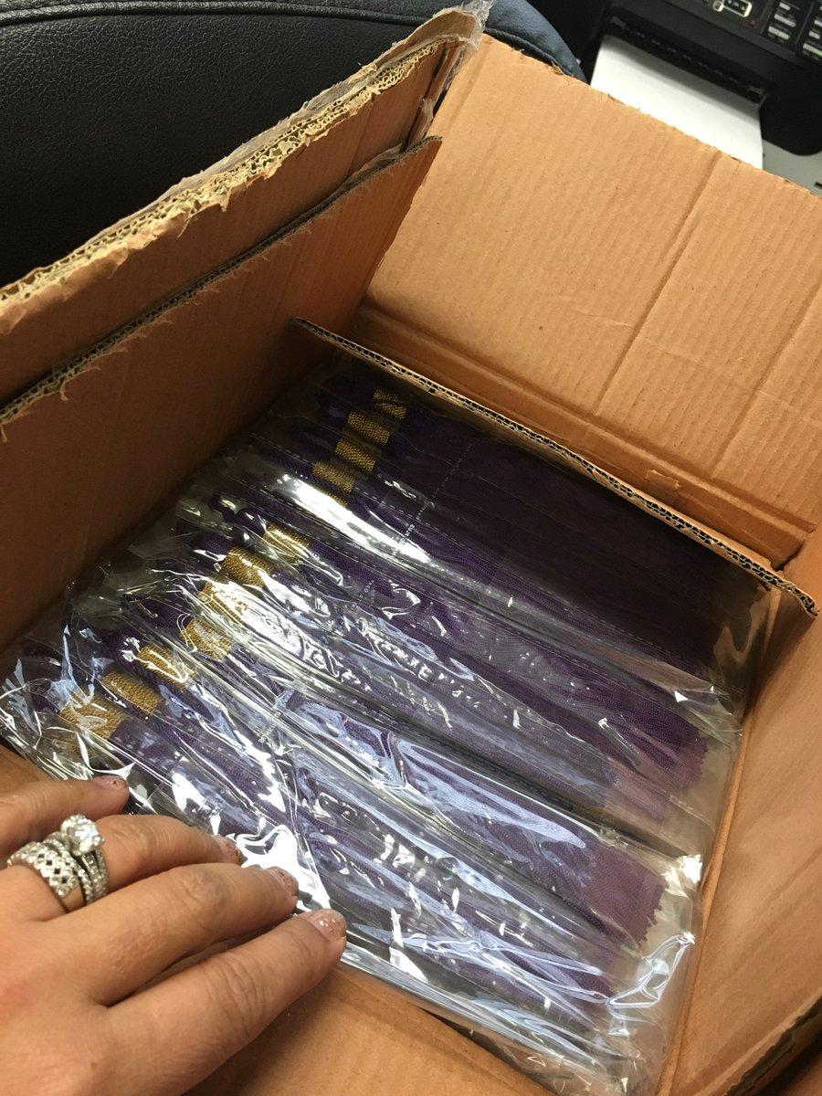 Mcps Ssl Volunteers On Twitter Over 2 500 Purple Graduation