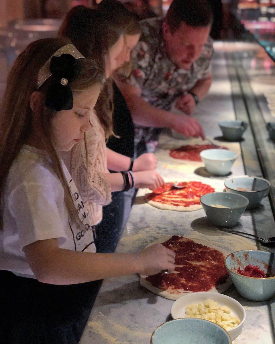 Farewell meal at @Piccolino_Ald ...with three new trainee pizza chefs. #Fantastico #GrazieMille <br>http://pic.twitter.com/KiZkHk5M6G