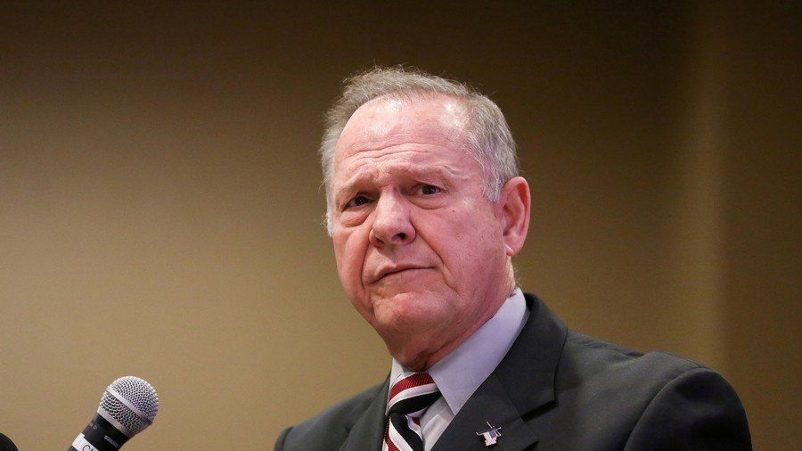 Alabama home of #RoyMoore accuser devastated by fire https://t.co/9lFlWJVFmO
