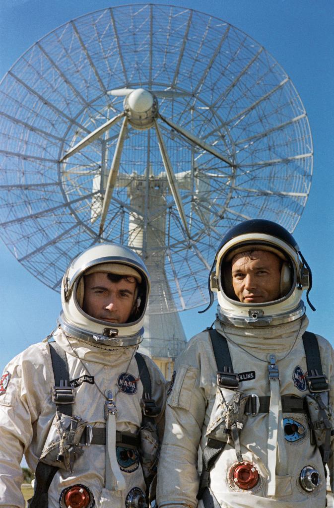 apollo astronauts who flew the space shuttle - photo #23