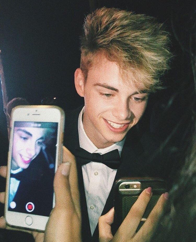 "Why Don T We What Am I: Why Don't We JAPAN On Twitter: ""【Corbyn Besson】コービン・ベッソン"