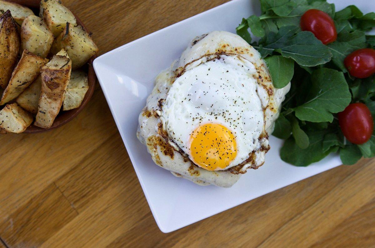 mina s mediterraneo on twitter because a farm fresh egg on house rh twitter com Egg House Throw Egg House Throw