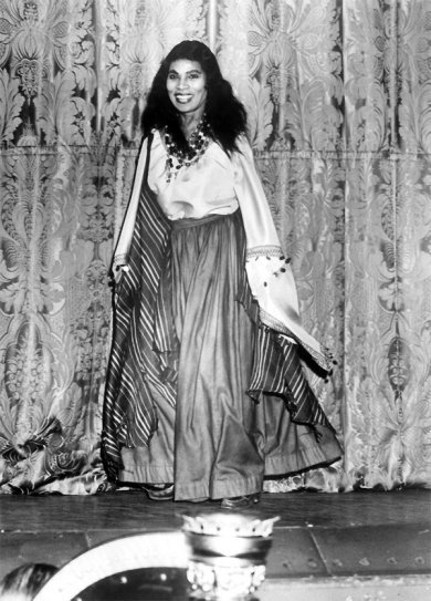 Worn On This Day Twitter Onthisday In 1955 By Contralto Marian Anderson For Her Metropolitan Opera Debut As The Sorceress Ulrica Verdis Un