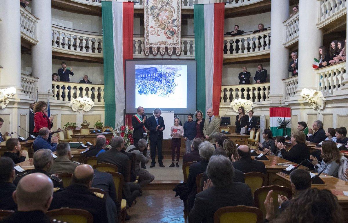 Il presidente gentiloni a reggio emilia per la giornata - Discount della piastrella reggio emilia ...
