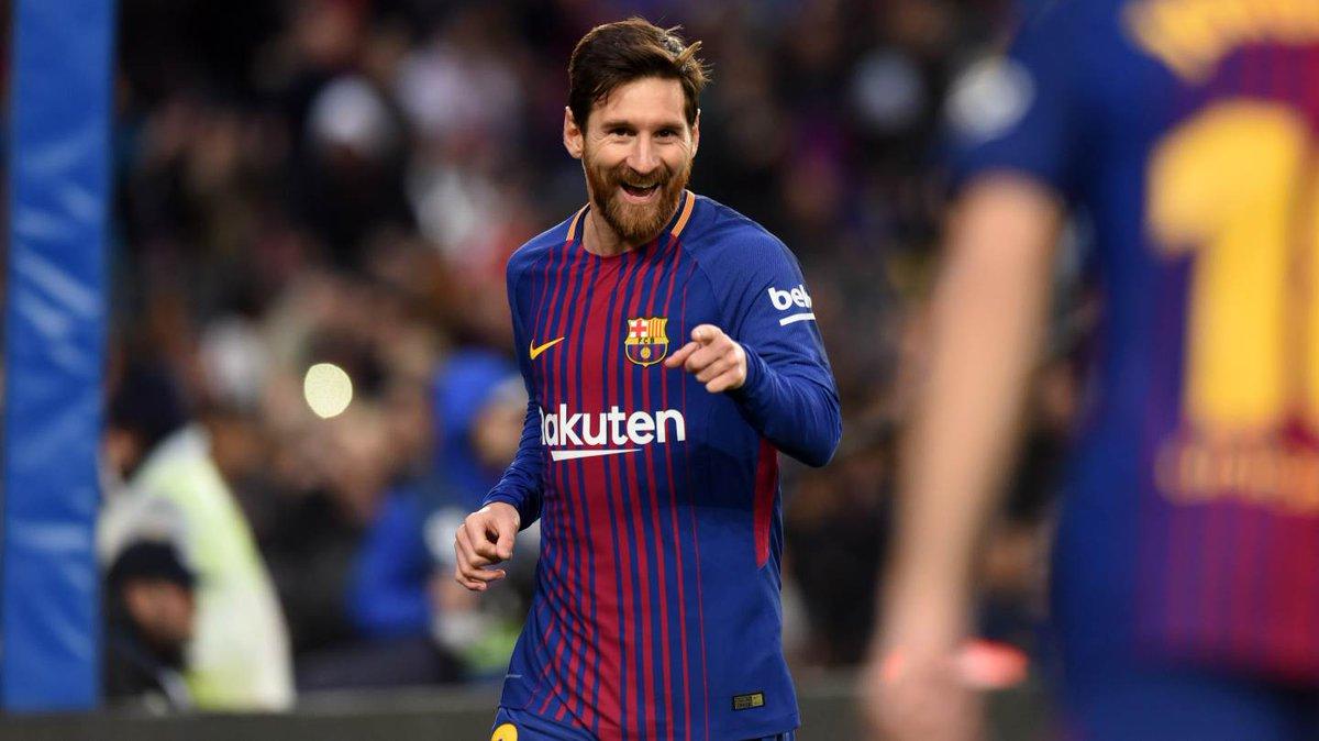 🔥 Leo #Messi in @LaLiga 🔥 👕 400 games ⚽...