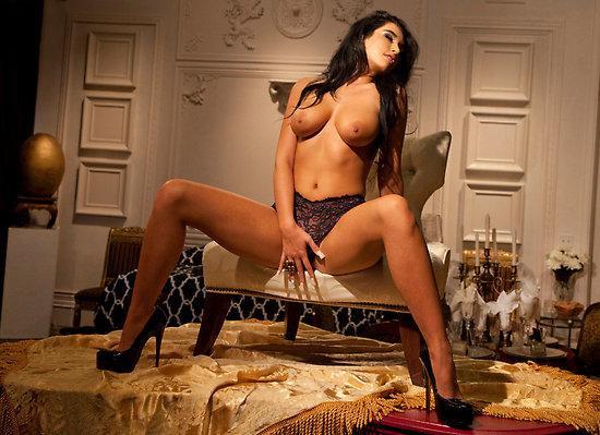 Paris roxanne nude