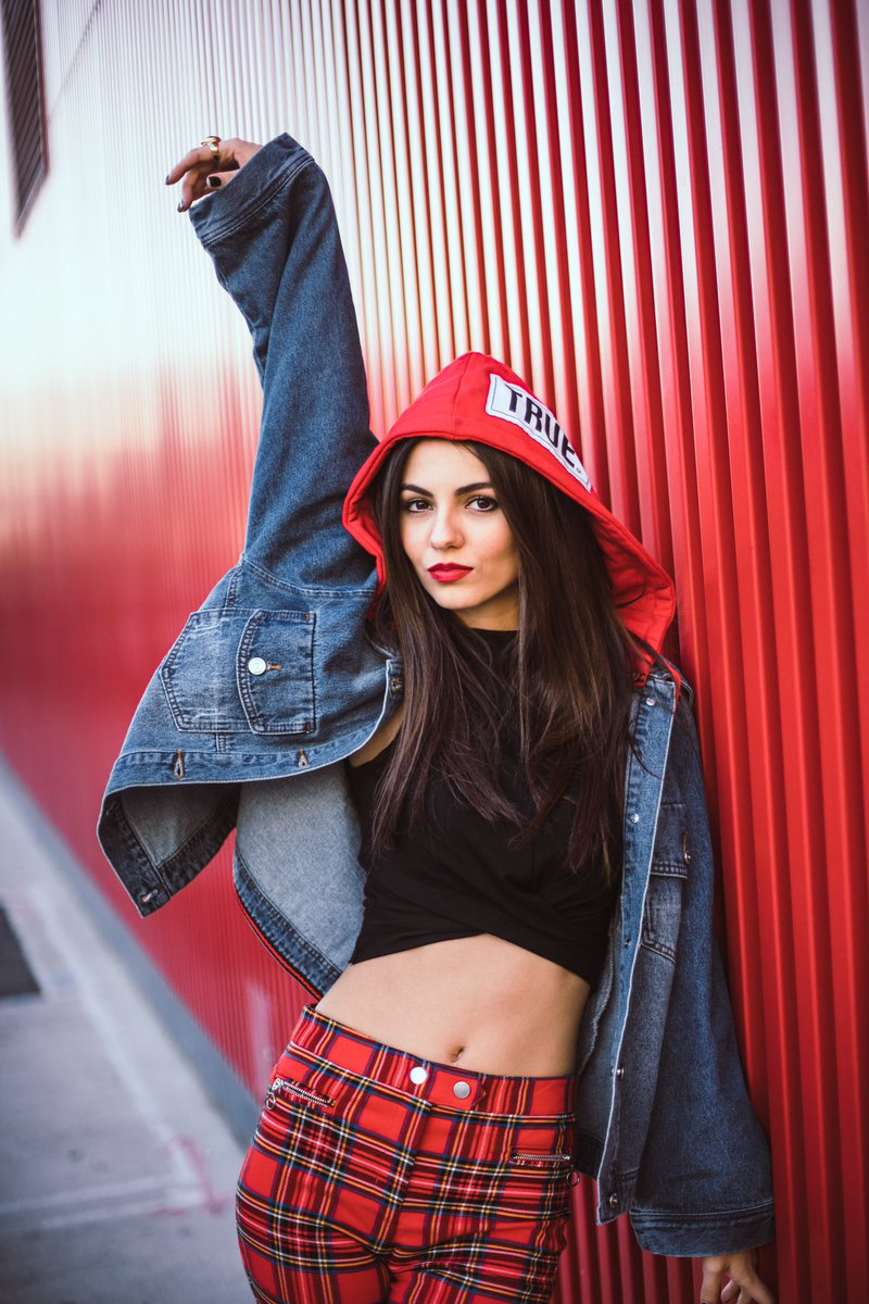Victoria Justice France On Twitter PHOTOS Mike Richy Truman Mylin Photoshoot 2017 Tco IQajYAkxkh 030 HQ Photos VictoriaJustice