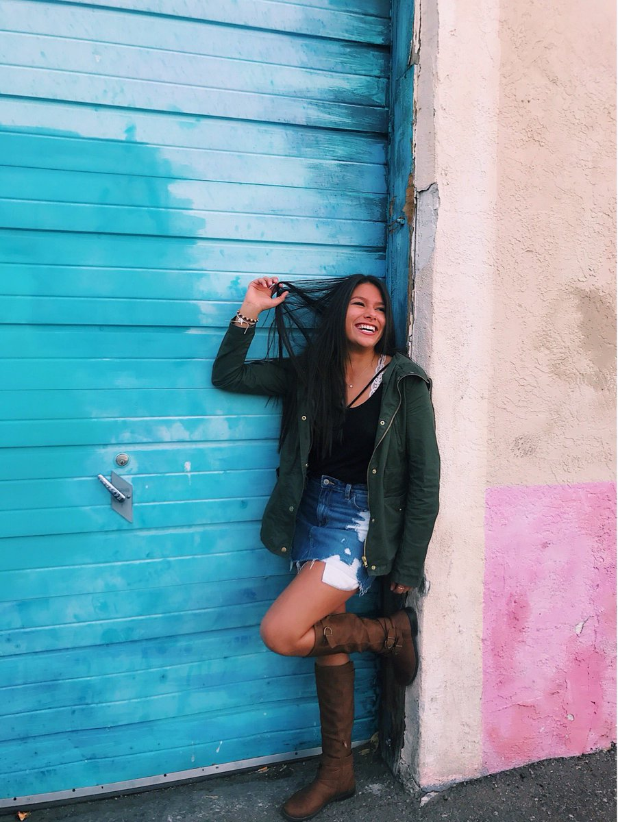 Tori Carrillo On Twitter Just In Case You Wanted To See Me Next A Blue Garage Door