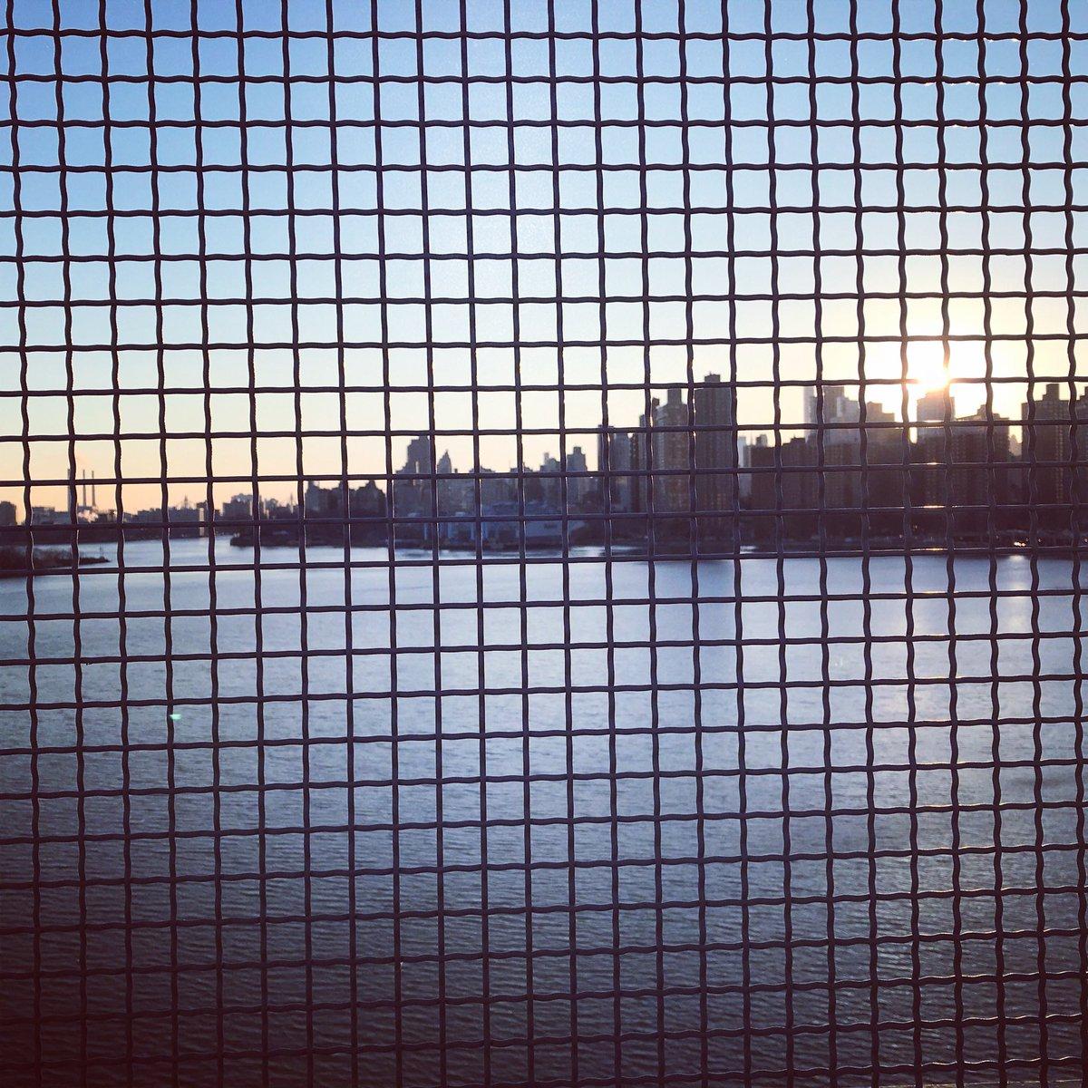 squares of #nyc https://t.co/5qe90veVwb