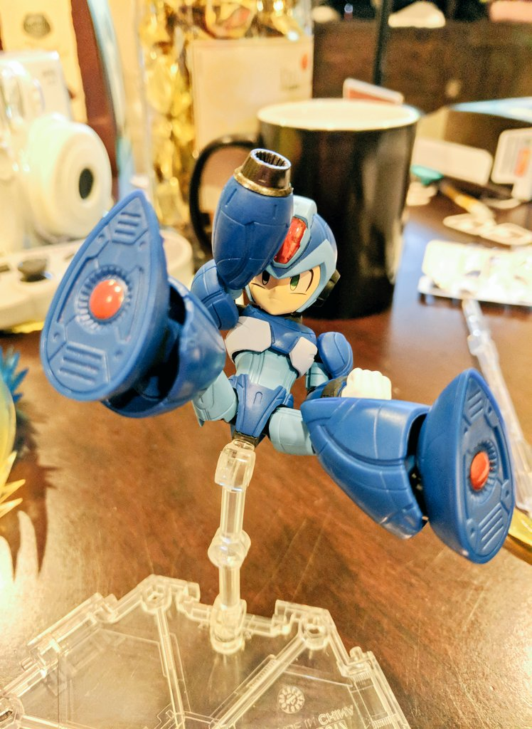 NXEdgestyle Megaman X toy review: 20/10 they put a hole on his crotch