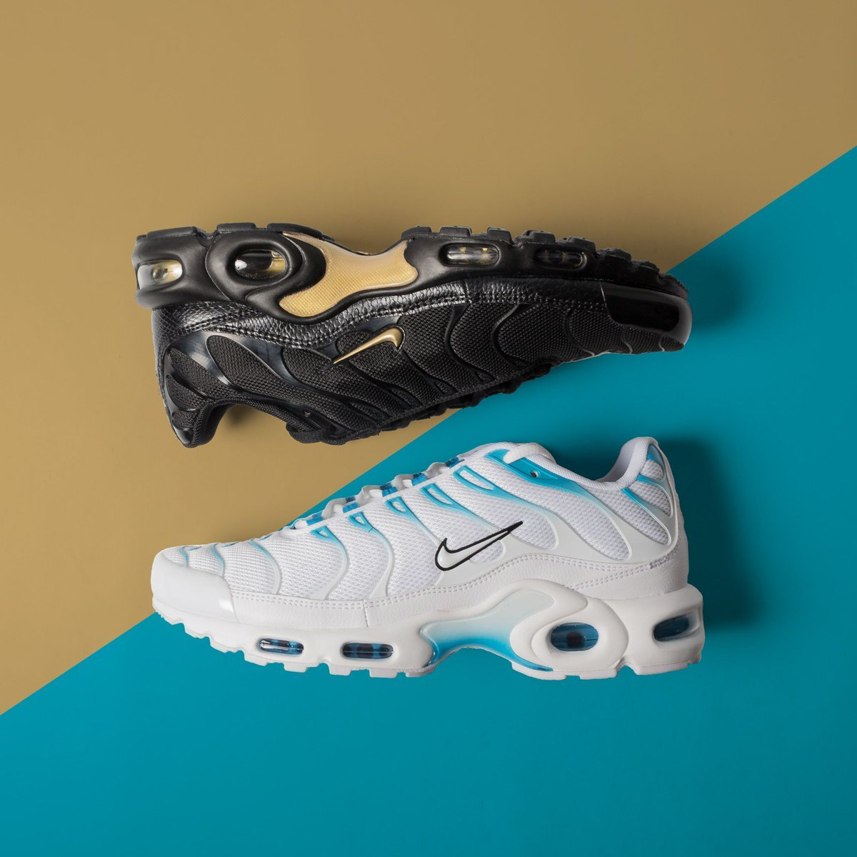 nike air max plus white blue fury character