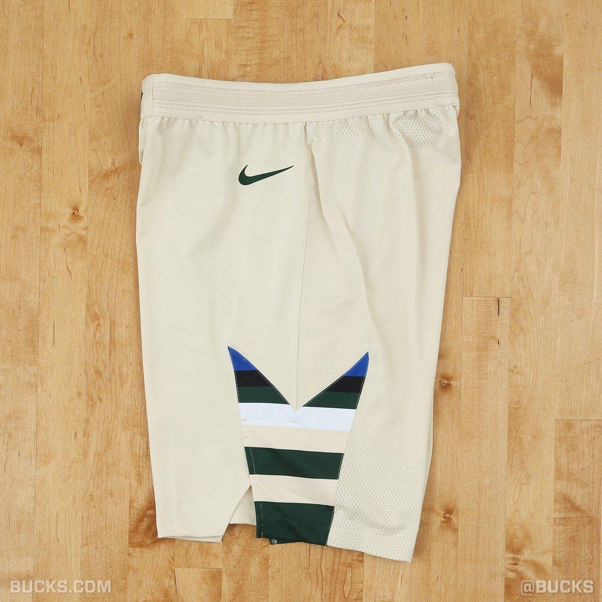 cheaper d3027 a19f0 Fans React To Bucks Cream City Uniforms