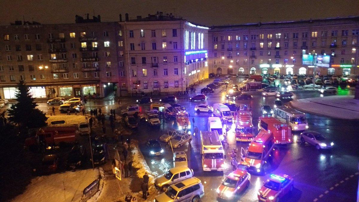 Апелляционный суд отправил на повторное рассмотрение дело о выдаче оружия со складов МВД во время Майдана - Цензор.НЕТ 2171