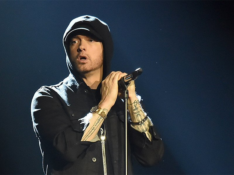 First week sales numbers for @Eminem's #Revival are in. https://t.co/JUc8nRVVpJ