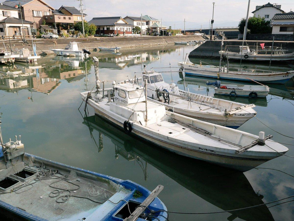 漁船のある景色って好きです。 #coregraphy #GX7mk2 #SUMMILUX15mmf17 #漁港の風景 #白壁の街並み #生活の中の風景 #お写んぽ