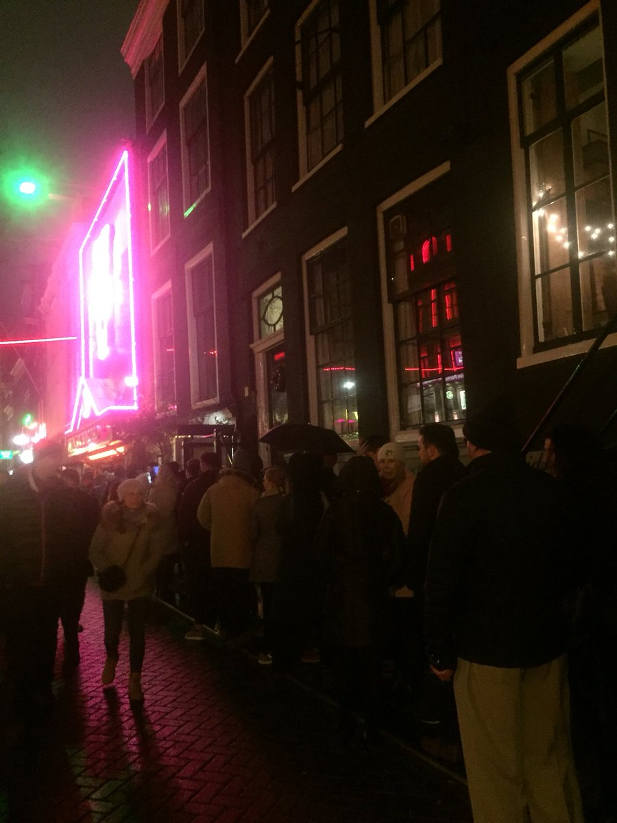 Dutchboy ams on twitter this is the queue to get into a strip club dutchboy ams on twitter this is the queue to get into a strip club in amsterdam have never seems these queues in nana aloadofball Images