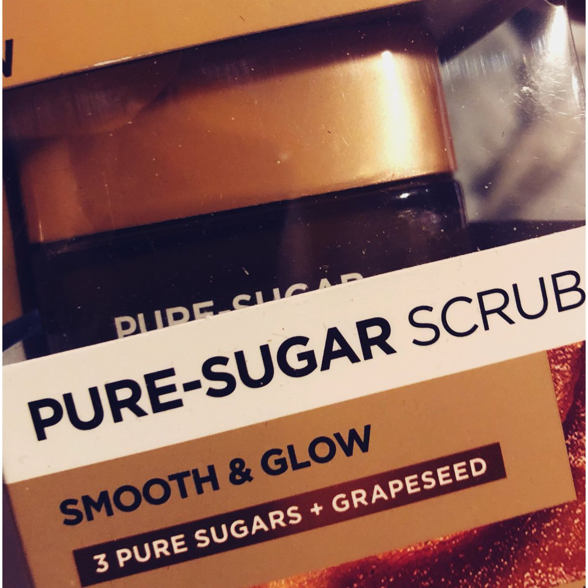 I LOVE L'Oreal Pure Sugar Scrub!!! It exfoliates to soft smooth looking skin. It smells incredible as well. #loreal #puresugarscrub
