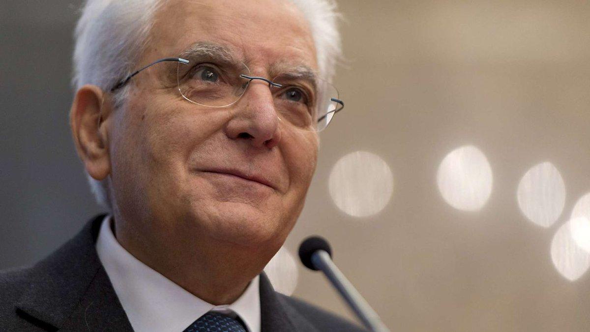 Quirinale, il presidente Sergio Mattarella scioglie le Camere #sergiomattarella https://t.co/6fKHB5PKuj