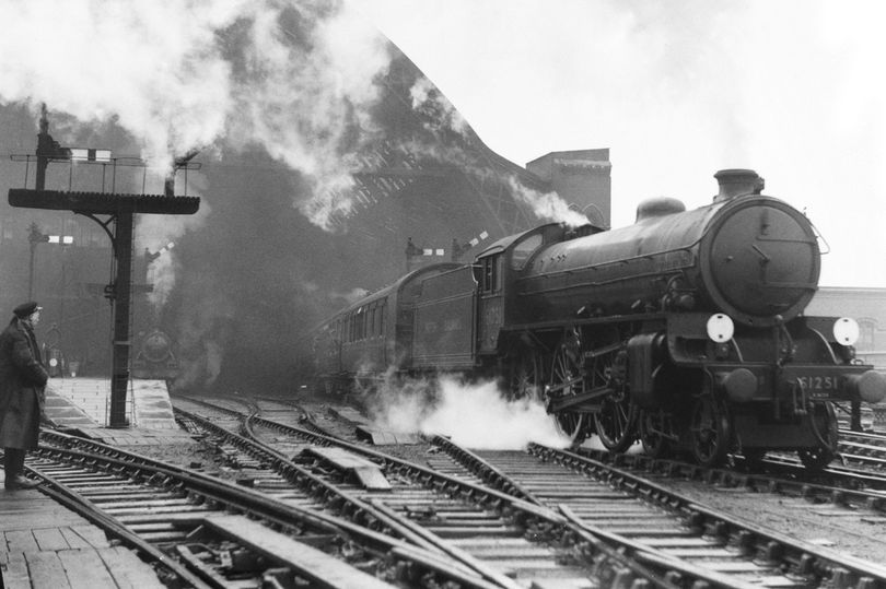 How pledge to nationalise railways could help Labour steam to election win https://t.co/VzAQ1998aW https://t.co/nLoWeD9nVy