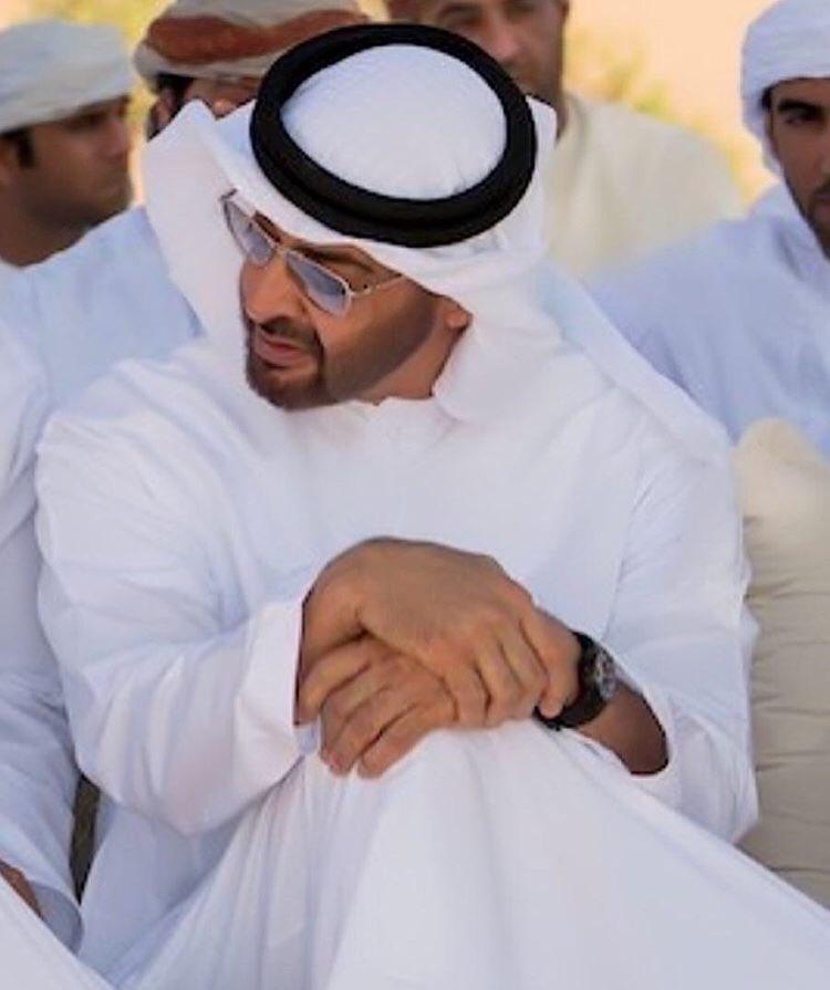 RT @mzHegwd34SGTydo: #محمد_بن_زايد أبو وقائد وقلب يجمع كل البشر ♥️♥️الله يحفظه ويطول في عمره 🙌🙌🙌 https://t.co/ZdC3RjIcy8