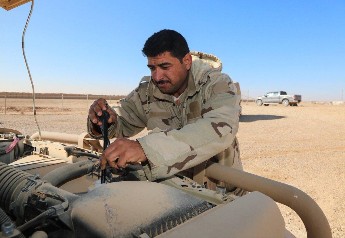 عقود عربات تويوتا لاندكروزر لصالح الجيش العراقي   DSNkfaEXcAAEacC