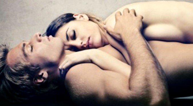 i-heart-sleeping-naked
