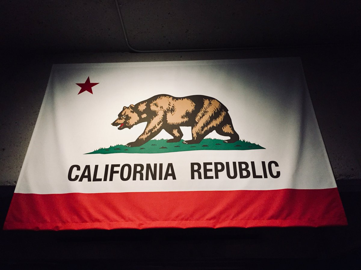 Eneko axpe on twitter california grizzly bears dont live in hunted to the extinction by the 1920s californias state animal now flourishes only as a symbol httpstnmjju9ymtm buycottarizona