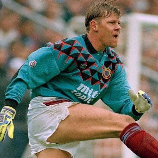 0e93345bdae 1991 92 Aston Villa X Umbro Goalkeeper Shirt  avfcpic.twitter.com SF9zKr3VzP