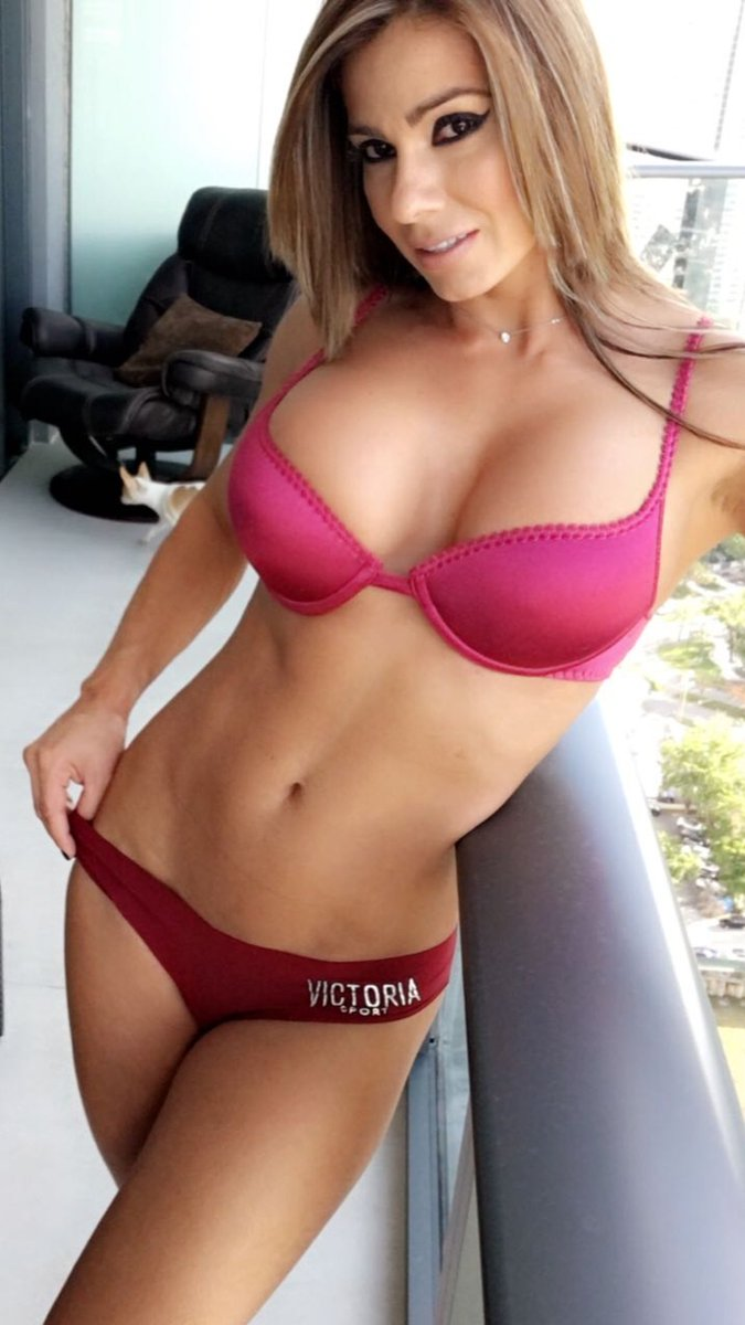 Top list of the sexiest romanian pornstars in the adult business free online