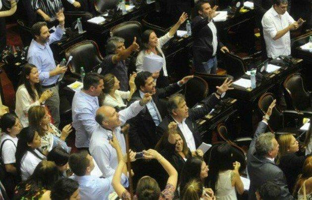 Reforma previsional | El Gobierno nacional denunció a diputados de la oposición