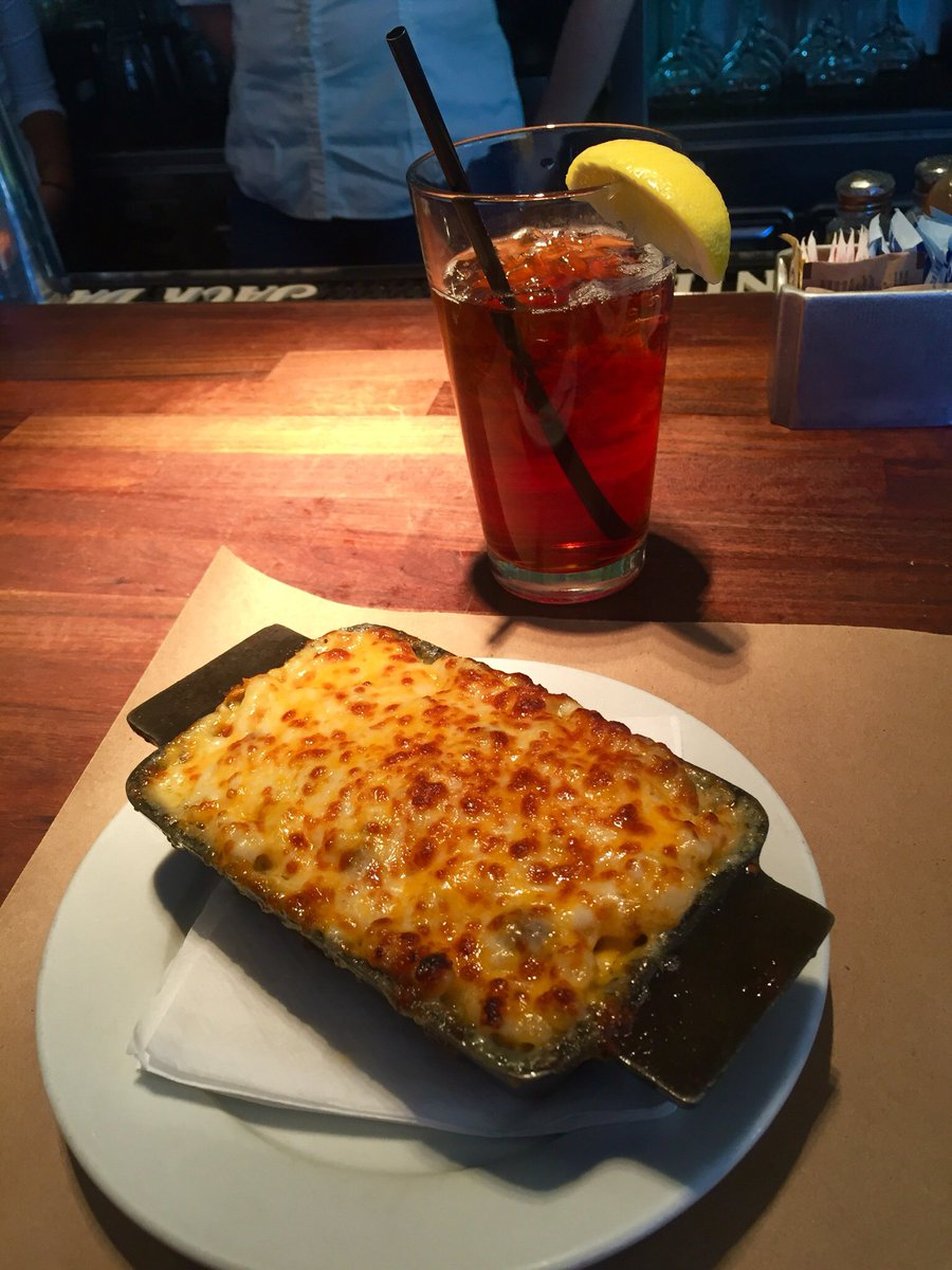 Beef Burger Mac'n'Cheese på Delicatessen i Soho. 😩😛 #NewYork #Delicatessen