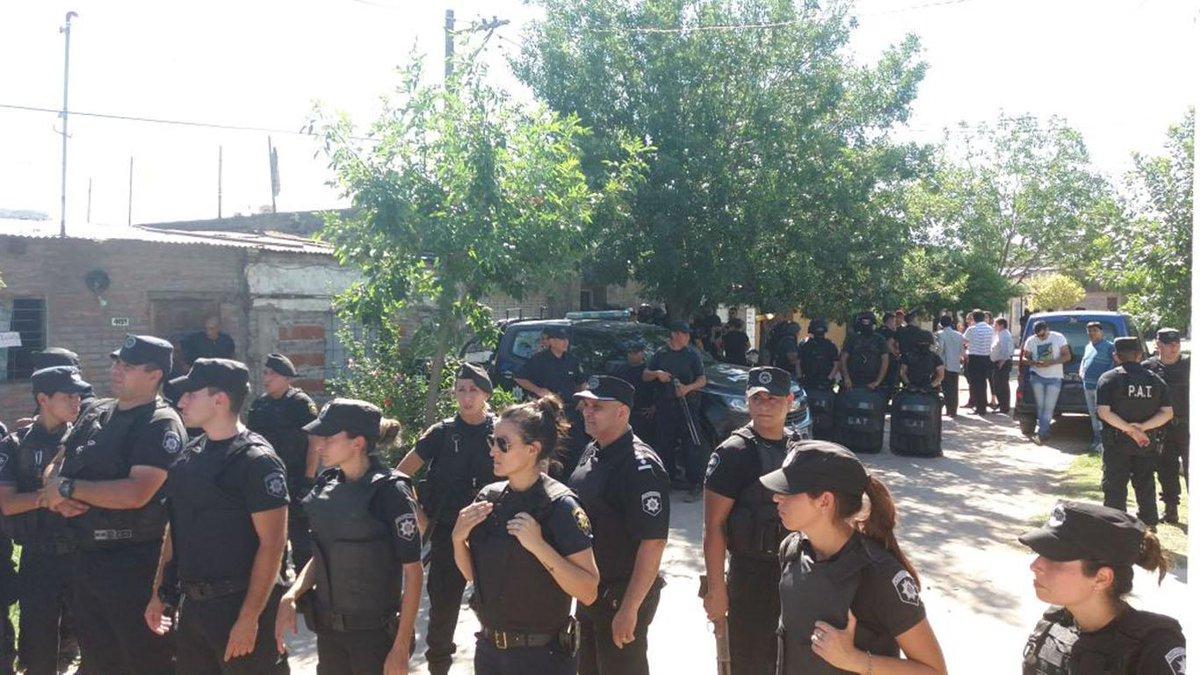 Santa Fe | Un agente penitenciario cometió un quíntuple crimen