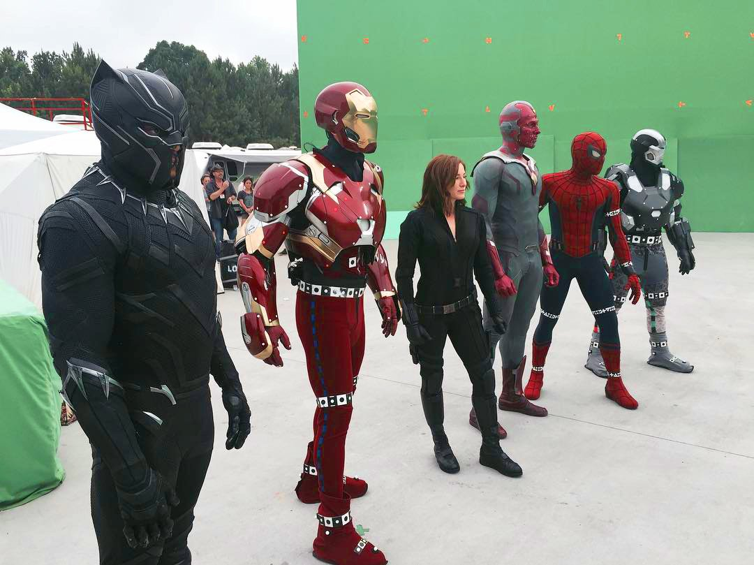 "MCU Direct on Twitter: ""Team Iron Man behind-the-scenes of filming ..."