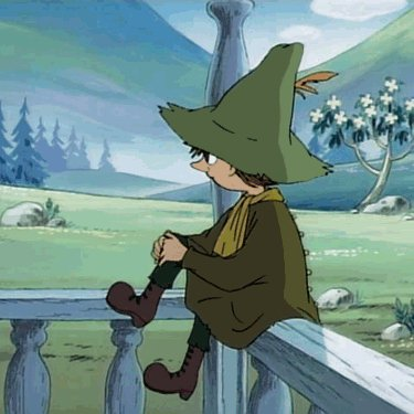 Today I'm channeling my inner #Snufkin @MoominOfficial  I don't care for material possessions, if I find something beautiful, I would rather write a poem about it, than own it. I may get anxious if my personal space is invaded & I often want a little peace and quiet with H 🐶