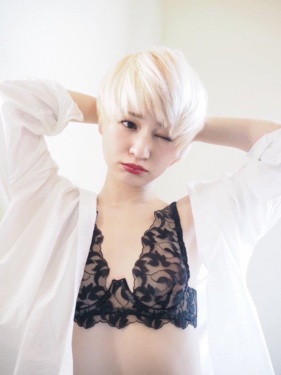 ランジェリー美容師🍑カワイミオ @IJKOMOTESANDO 副店長 ar