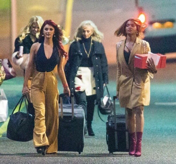 RT @dbuzz6589: Charlie's Angels off on a holiday @OtiMabuse @thedebbiemcgee 😜 https://t.co/77aqLY748K