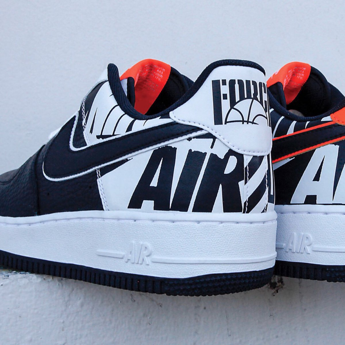 Nike Air Force 1 07 Lv8 Logo Pack Black White