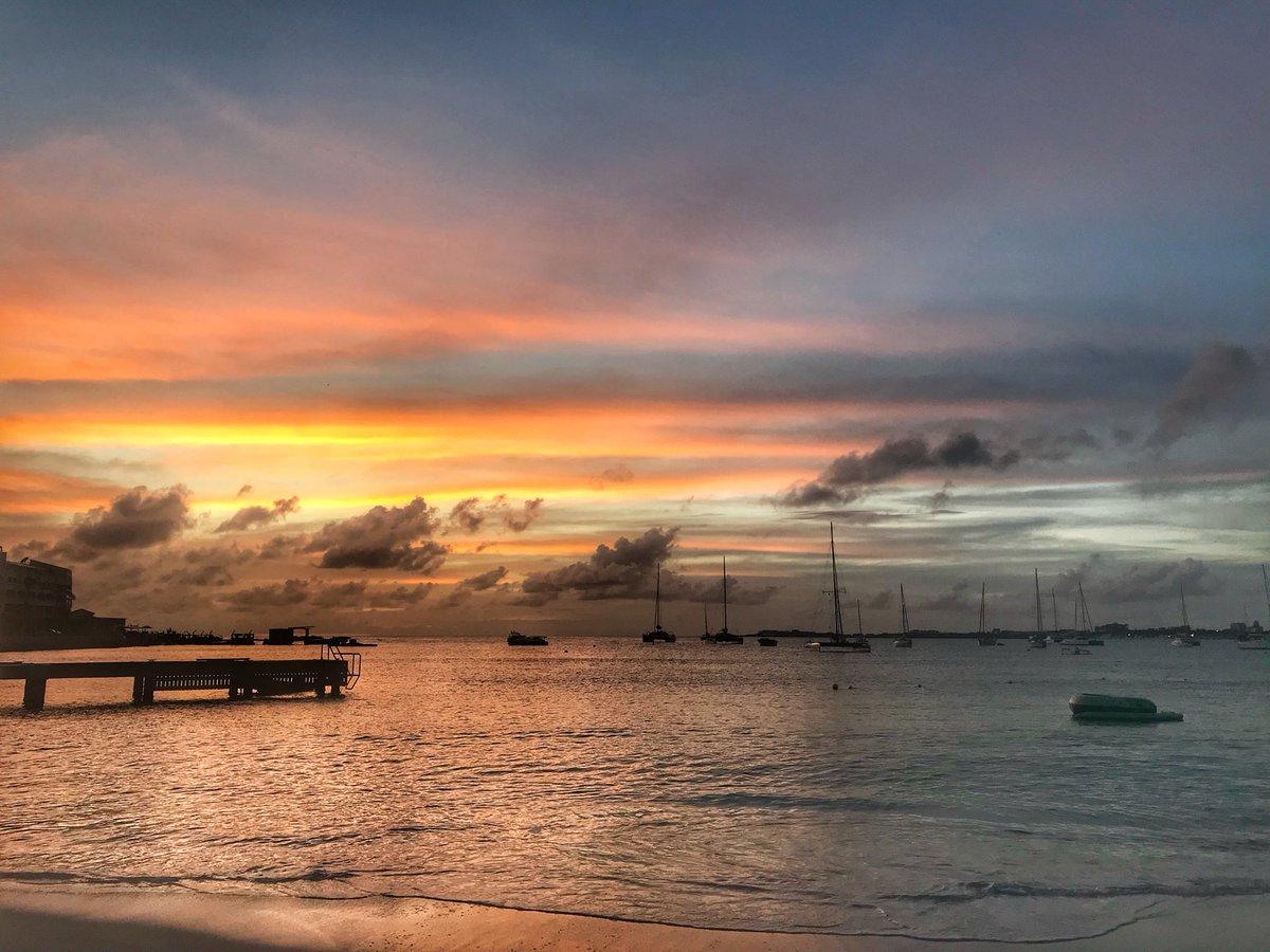 RT @SXMStrong: The beauty of Sint Maarten never gets old 🌴☀️🏖🦎😎❤️🇸🇽❤️🇸🇽  #SXM #stmartin #stmaarten https://t.co/730R7r4O9v