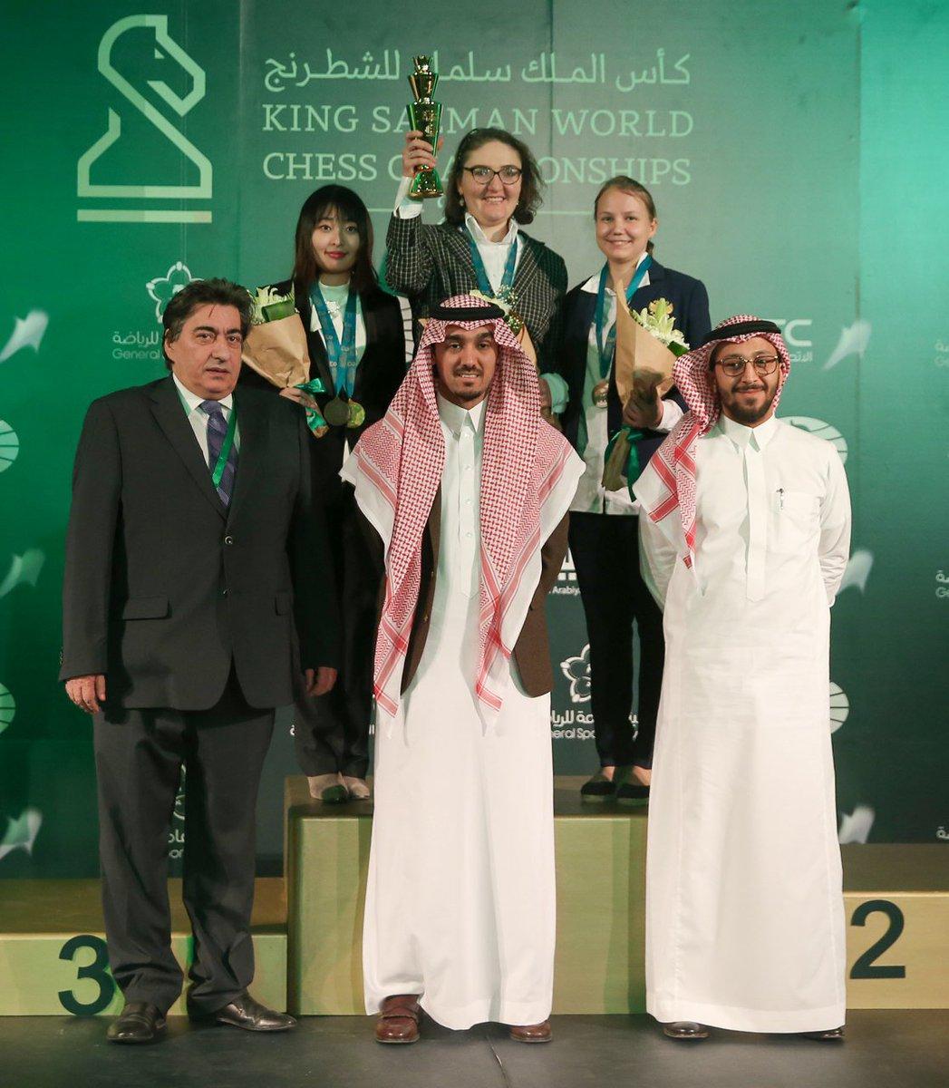 الروسي كارياكين وصيفا لبطل كأس الملك سلمان للشطرنج DSUEB1yWkAAfPtf