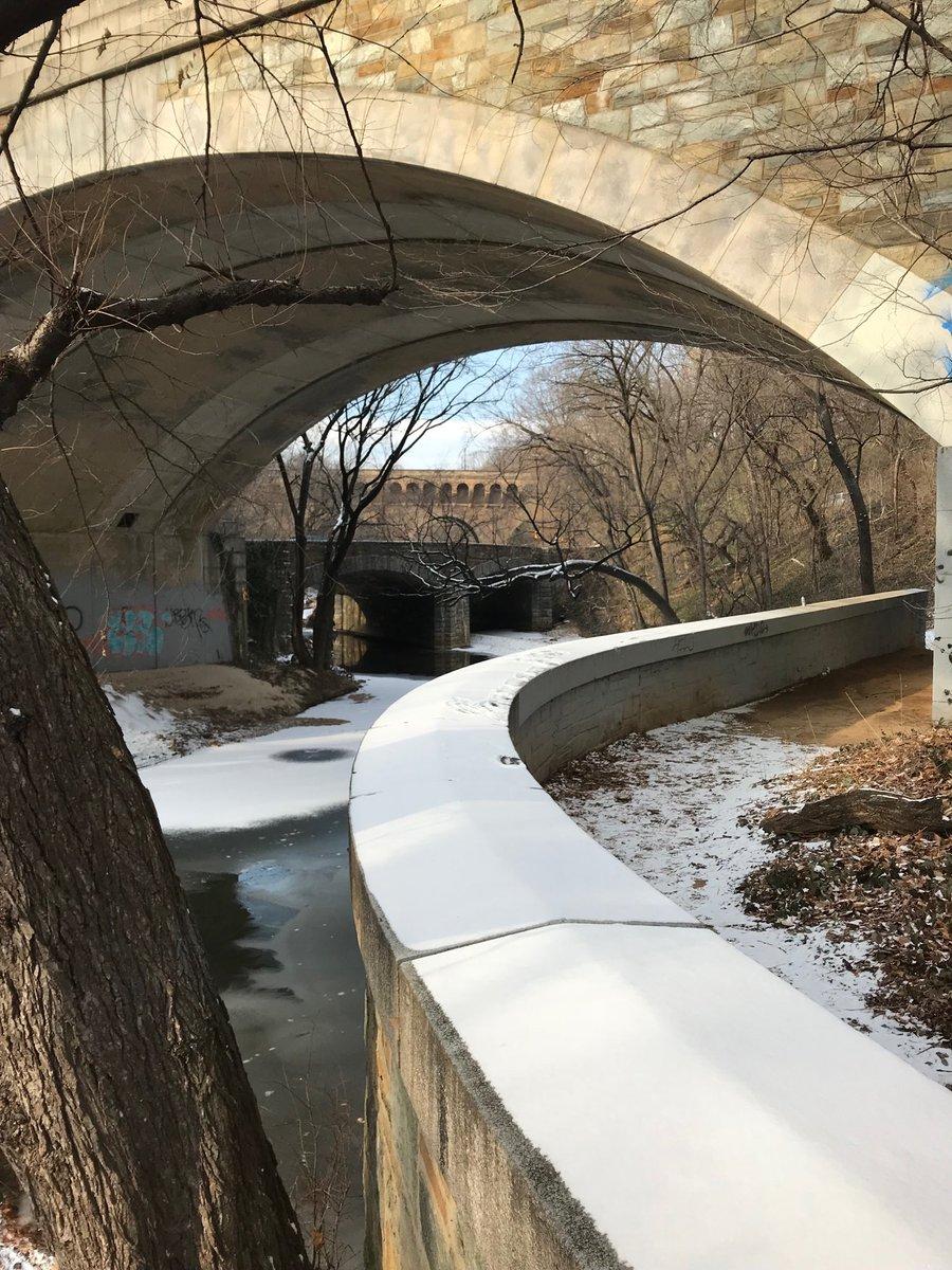 #DC #bridges #urbanhike https://t.co/CZR...