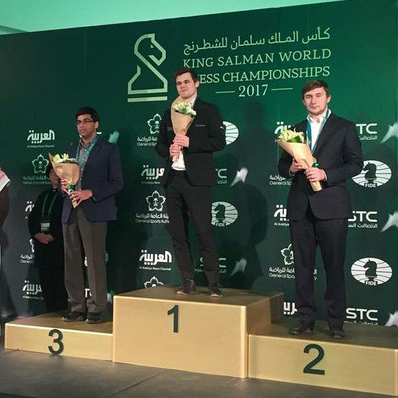 الروسي كارياكين وصيفا لبطل كأس الملك سلمان للشطرنج DSVFXOoXcAct-ji