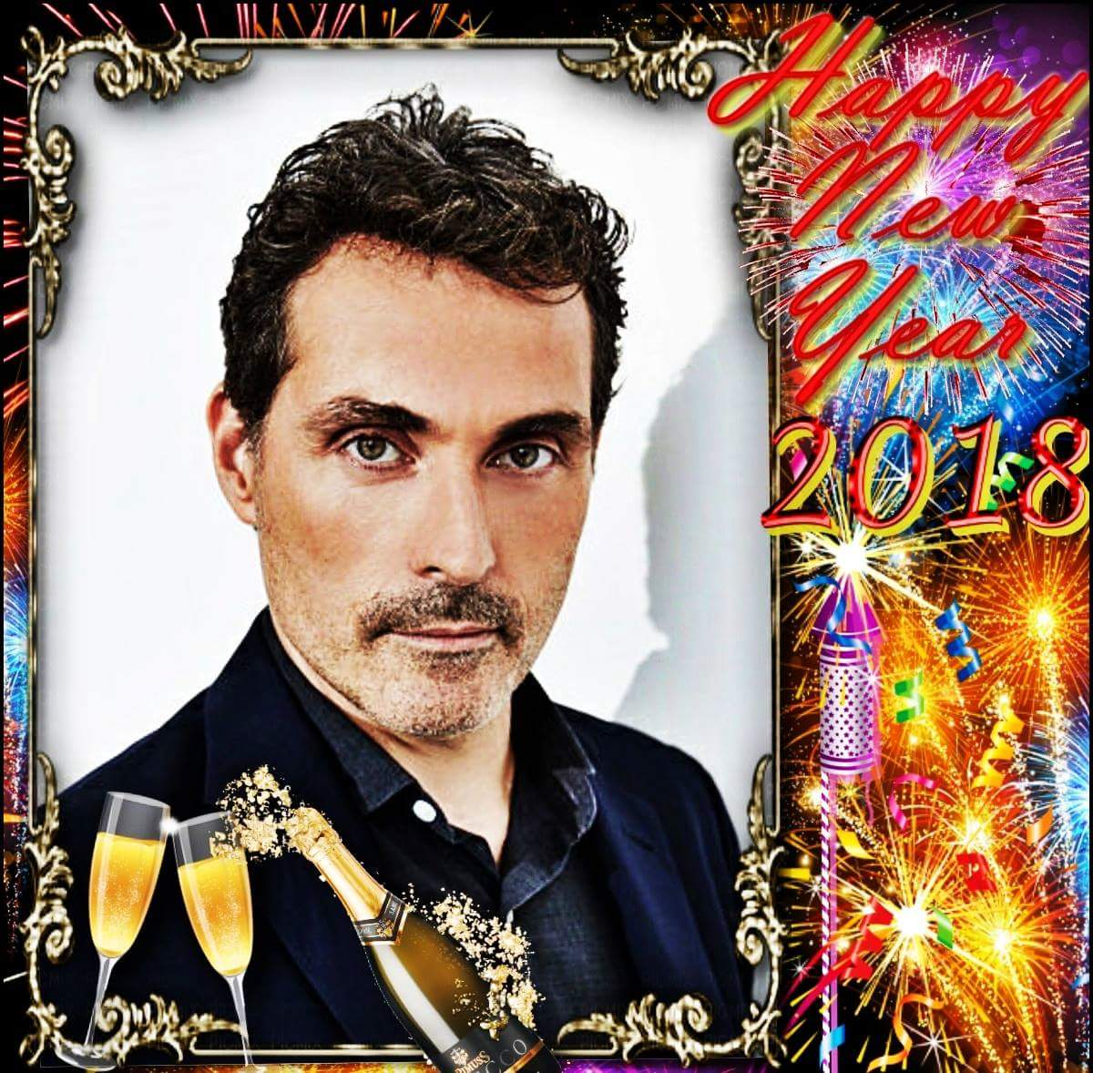 Hope these good wishes help you dear #RufusSewell #Rooftoppers  to celebrate an exciting and magical New Year. Wishing you a very Happy New Year. pic.twitter.com/EGJfeXixPy