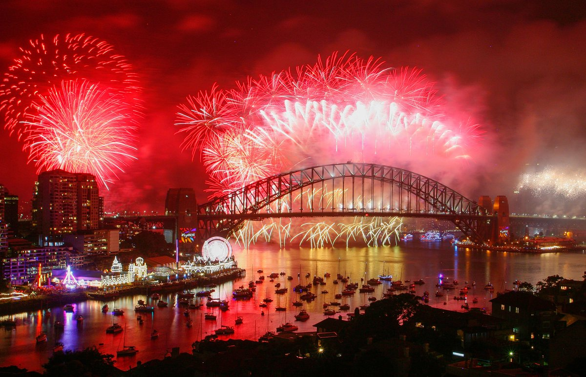 🎆 HAPPY NEW YEAR FROM SYDNEY, AUSTRALIA!...