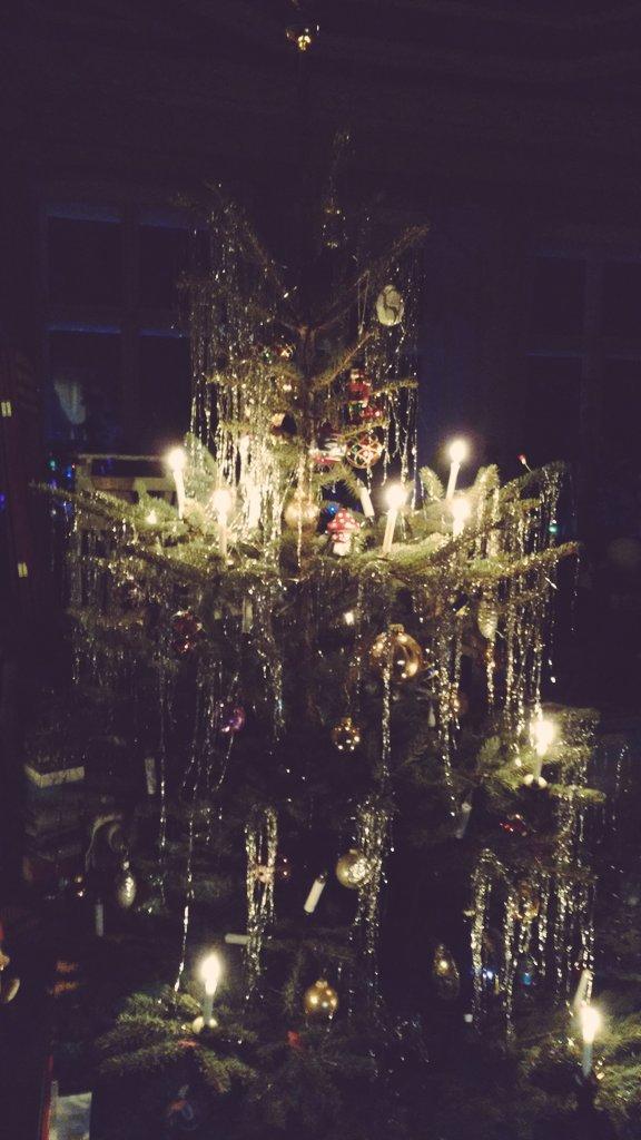 Weihnachtsbaum Der Guten Wünsche.Anna Prenzel On Twitter Weihnachtsbaum Und Weihnachtsschmuck