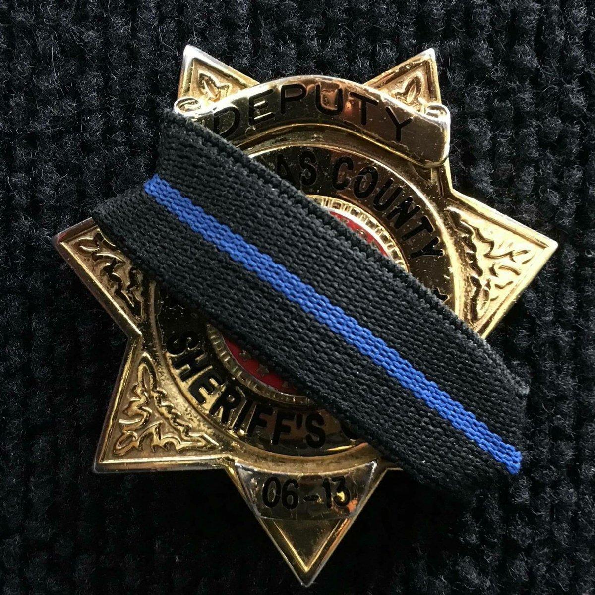 Sheriff S Deputy Killed 6 Other People Hurt In Colorado: Emily Allen FOX31 (@EmilyAReports)