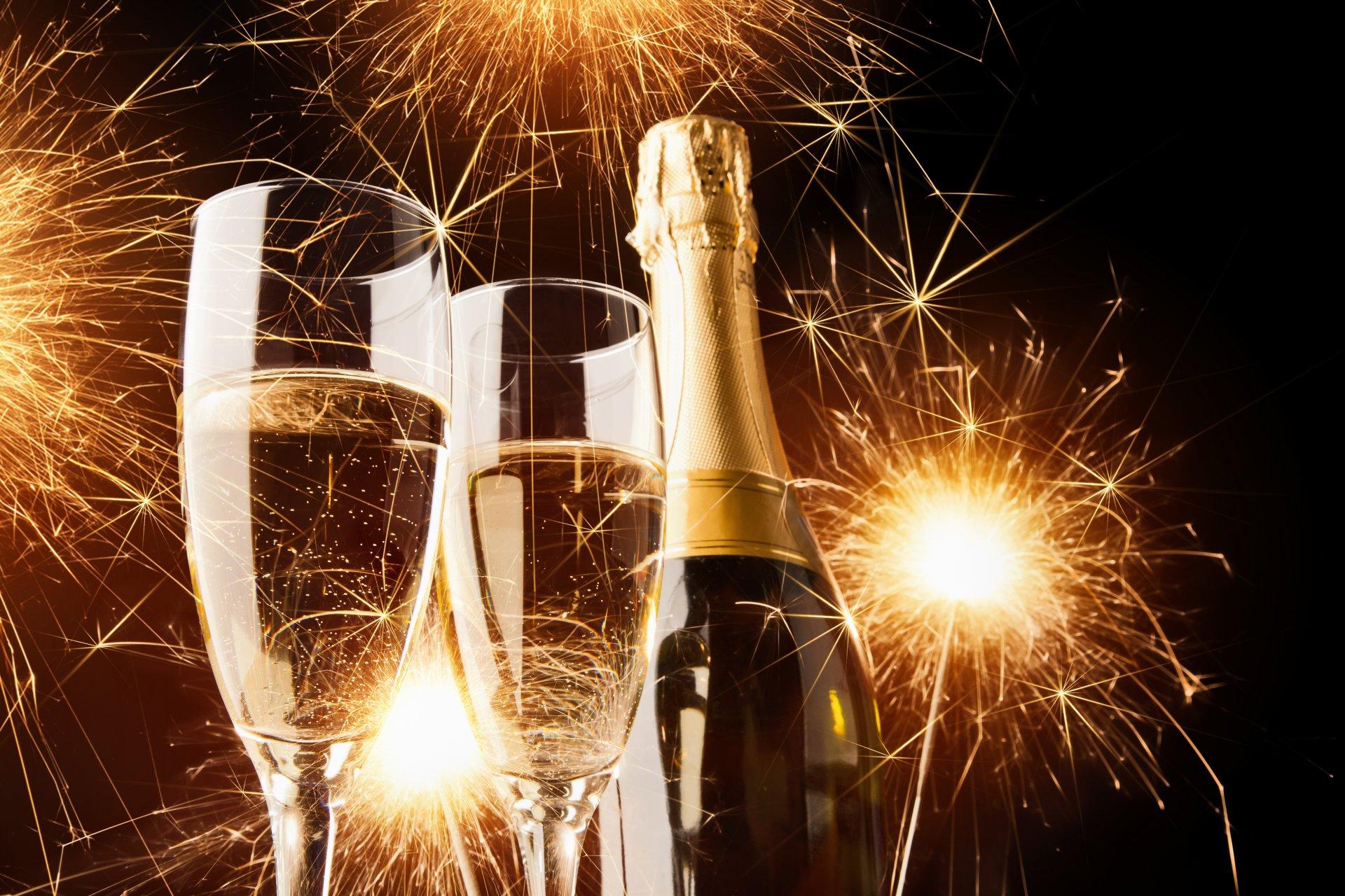 Открытки с шампанским и салютом, для поздравления
