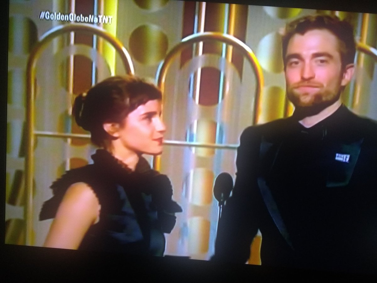 Emma Watson... her smile... her accent!  #GoldenGlobes #GlobodeOuro2018 #GoldenGlobeNaTNT<br>http://pic.twitter.com/SENWR6rBMw