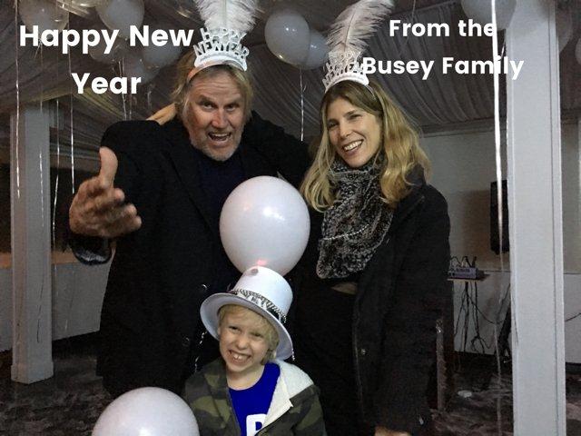 Happy New Year #NewYearsEve2018 https://...