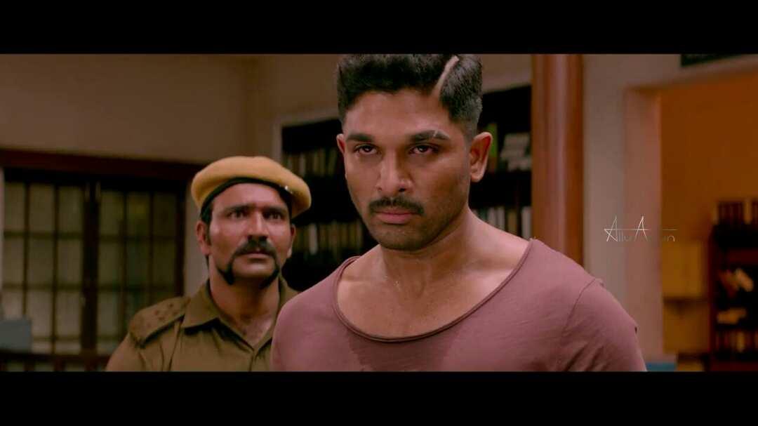 Allu Arjun does it in Style - Beats Pawan Kalyan once again!